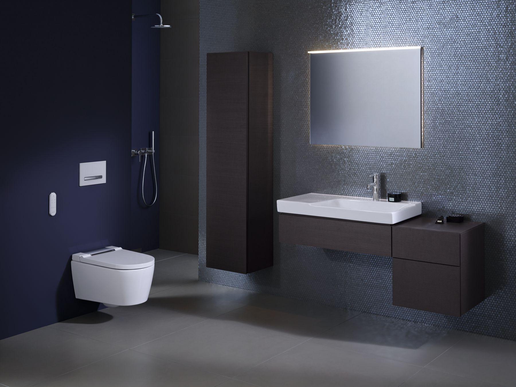 2019 Bathroom 07B B2 AquaClean Sela_bigview